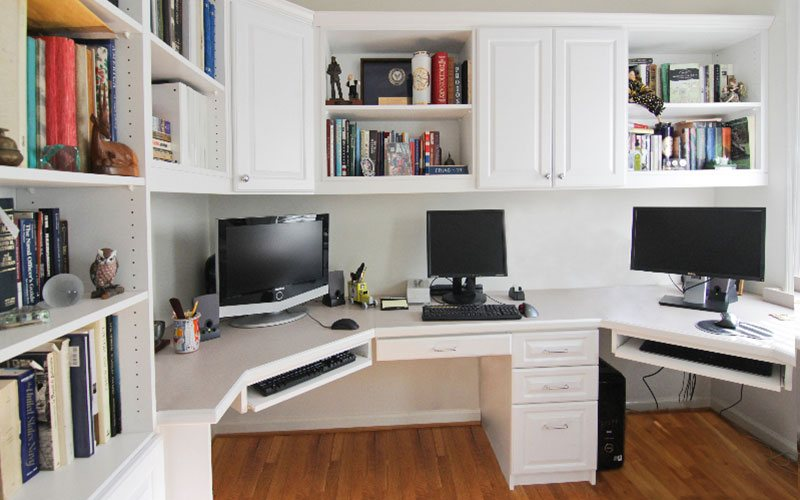 White Home Office with Custom Doors and Drawer Fronts