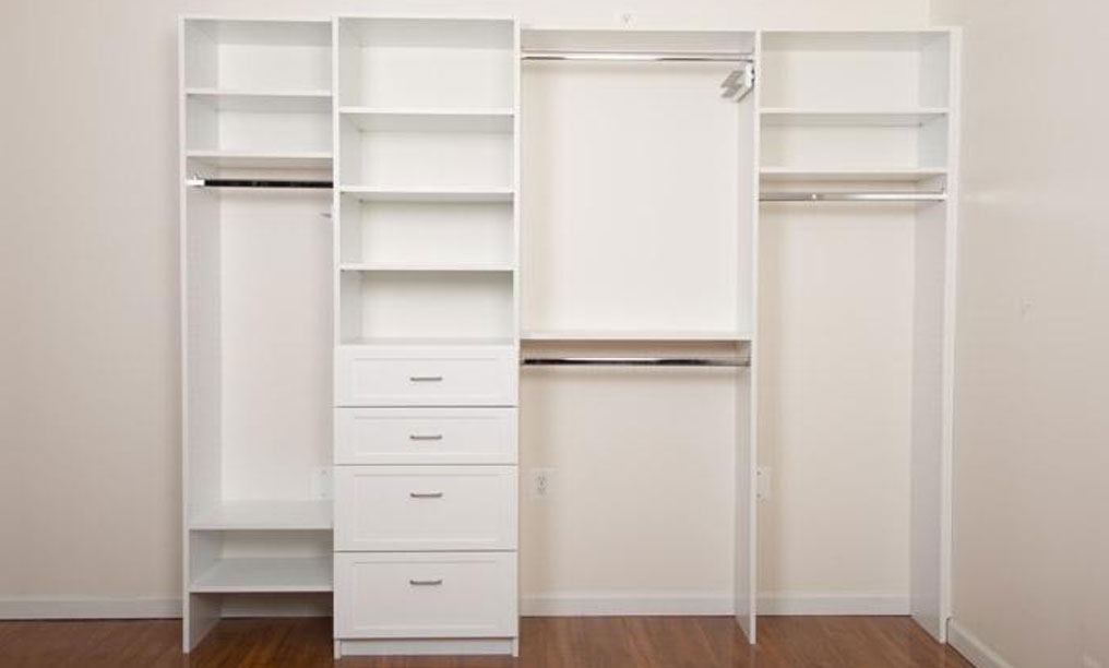 White Closet with hanging units,drawers